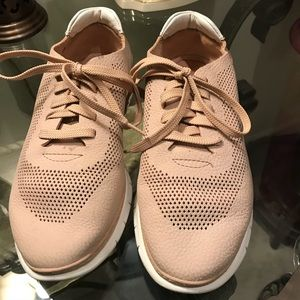 Vionic fresh joey lace up sneakers